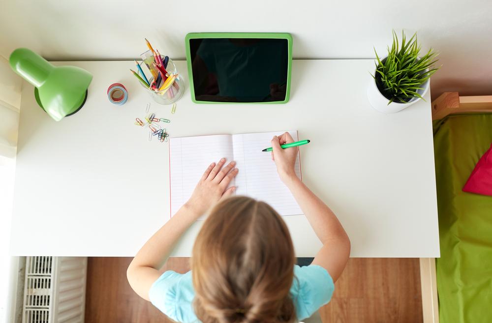 kids desk singapore